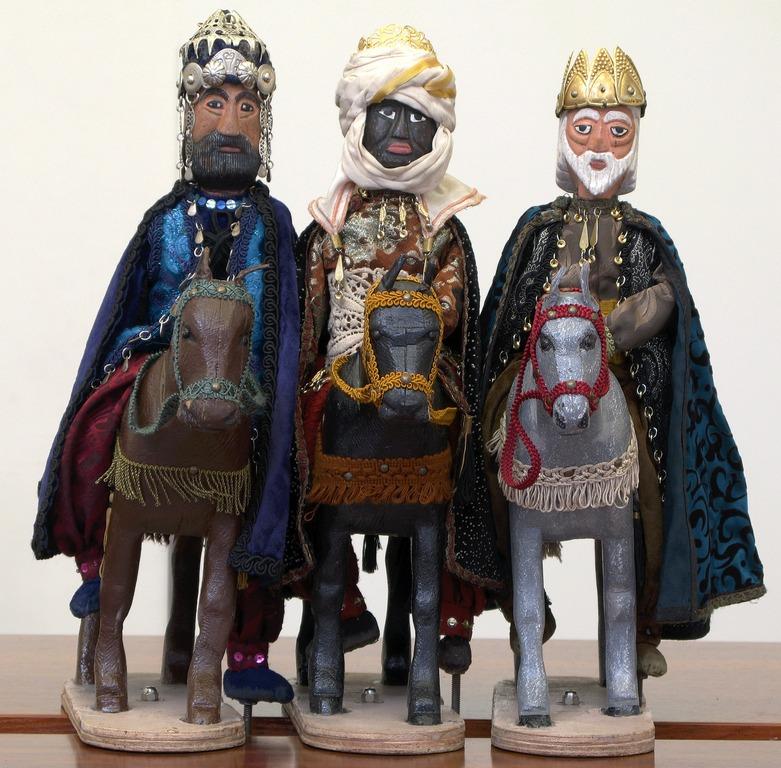 Marionnettes des Rois Mages venus d'Orient. Betlem de Tirisiti à Alcoy (2011). Alicante, Espagne. Photo: Miguel Santamaria Cuello