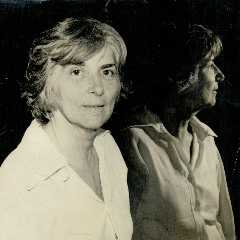 Magda Modesto (1925-2011), femme de lettres brésilienne, chercheuse en art de l'animation et aussi historienne du théâtre de marionnettes. Photo réproduite avec l'aimable autorisation de Cecilia Modesto