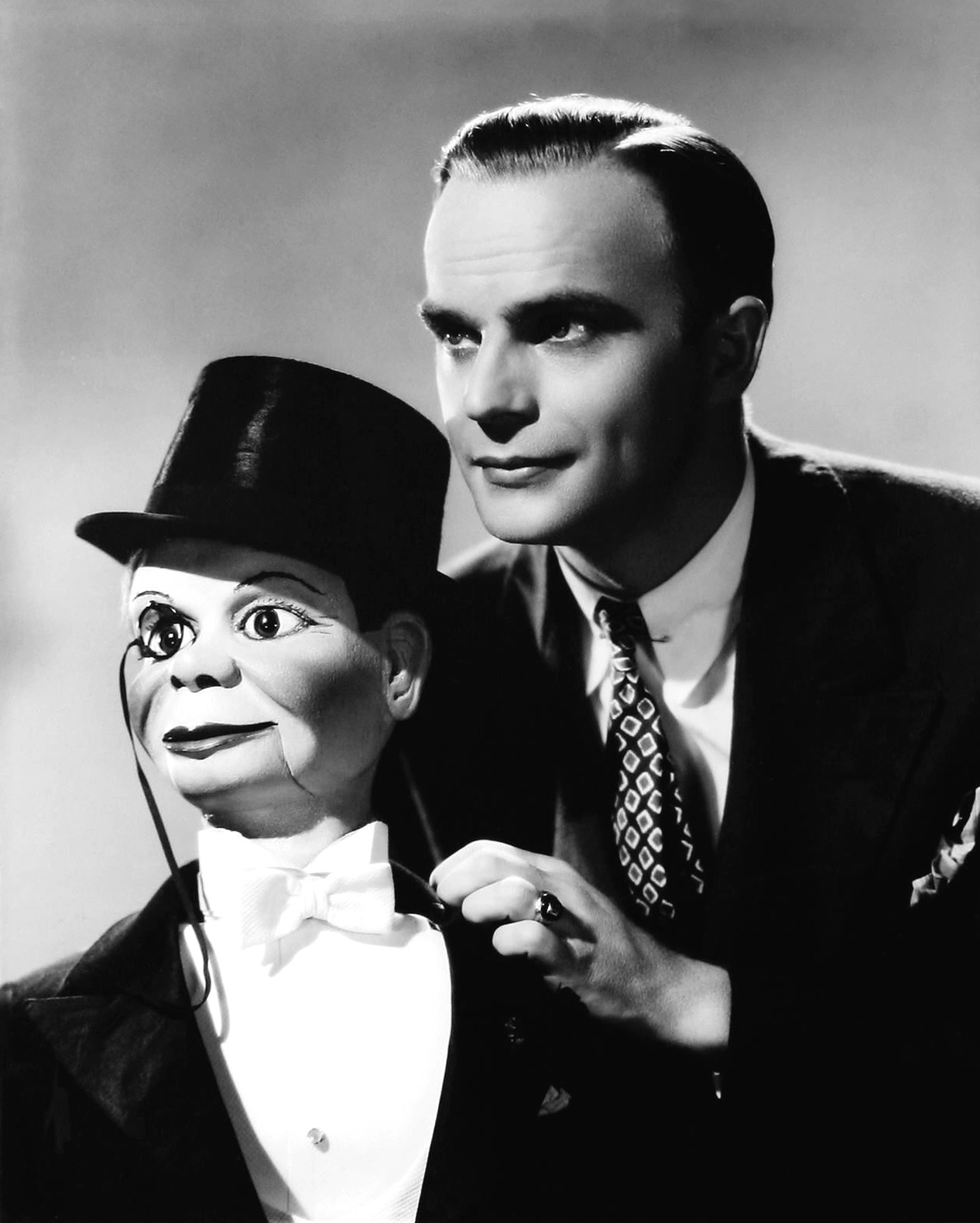 Edgar Bergen World Encyclopedia Of Puppetry Arts
