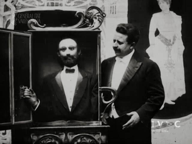 Francisco Sanz Baldoví, un exemple de sa magnifique collection d'automates, première moitié du XXe siècle