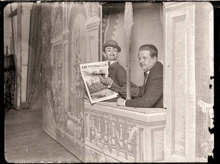 Francisco Sanz Baldoví, on stage with one of his most popular characters, Don Liborio, first half of the 20th century