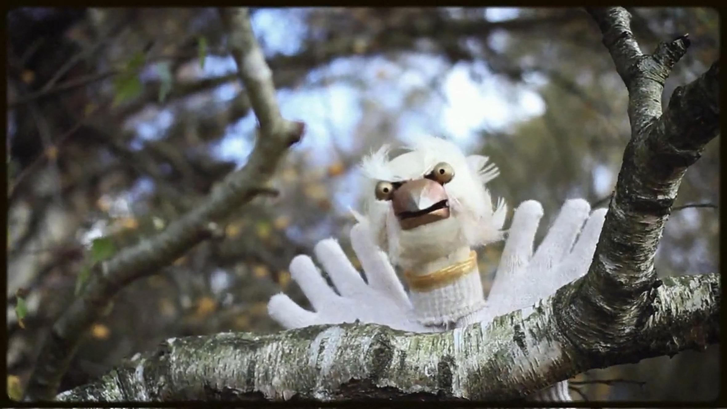 <em>Flights of Fancy</em> (2014) par le Hand to Mouth Theatre (New Forest, Royaume-Uni), mise en scène : Clive Chandler, conception et fabrication de marionnettes : Martin Bridle et Su Eaton. Marionnettes à gaine. Photo: Leo Bridle