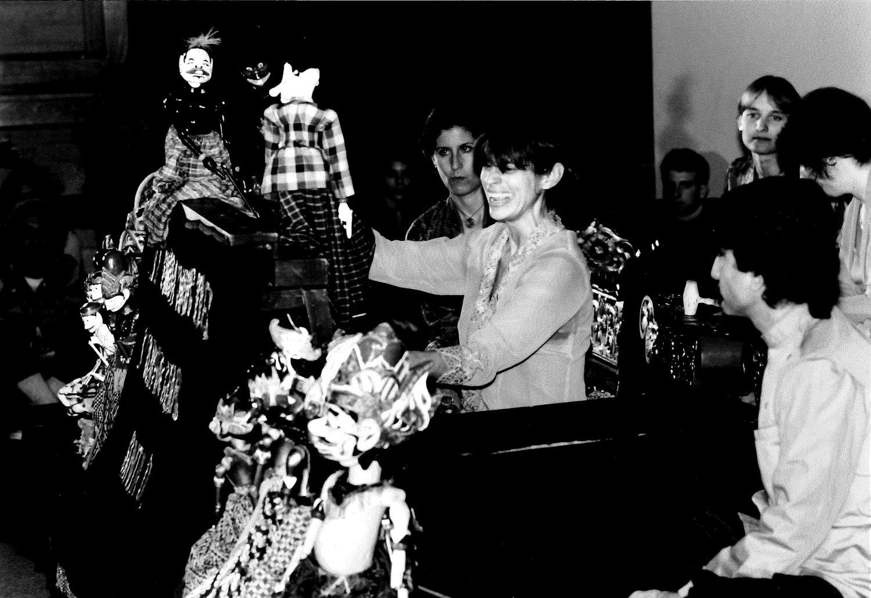 Kathy Foley performs <em>wayang</em> golek sunda with members of the UCSC Gamelan (University of California, Santa Cruz, United States). Photo courtesy of Kathy Foley