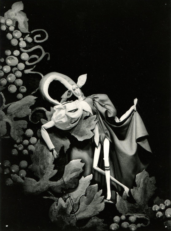 <em>Žito kouzelník</em> (1970) por Divadlo Radost (Brno, República Checa), puesta en escena: Pavel Vašíček, escenografía: Viera Popovová. Fotografía cortesía de Archivo de Loutkář. Foto: Jan Čisárik © Radost