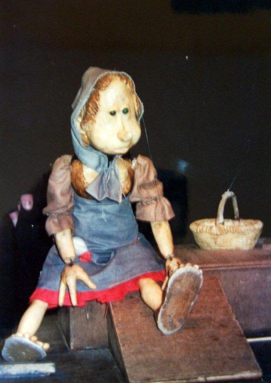 Une marionnette créée par Marcel Orban du Théâtre des Gros Nez (Perwez, Brabant wallon, Belgique). Photo réproduite avec l'aimable autorisation de Marcel Orban