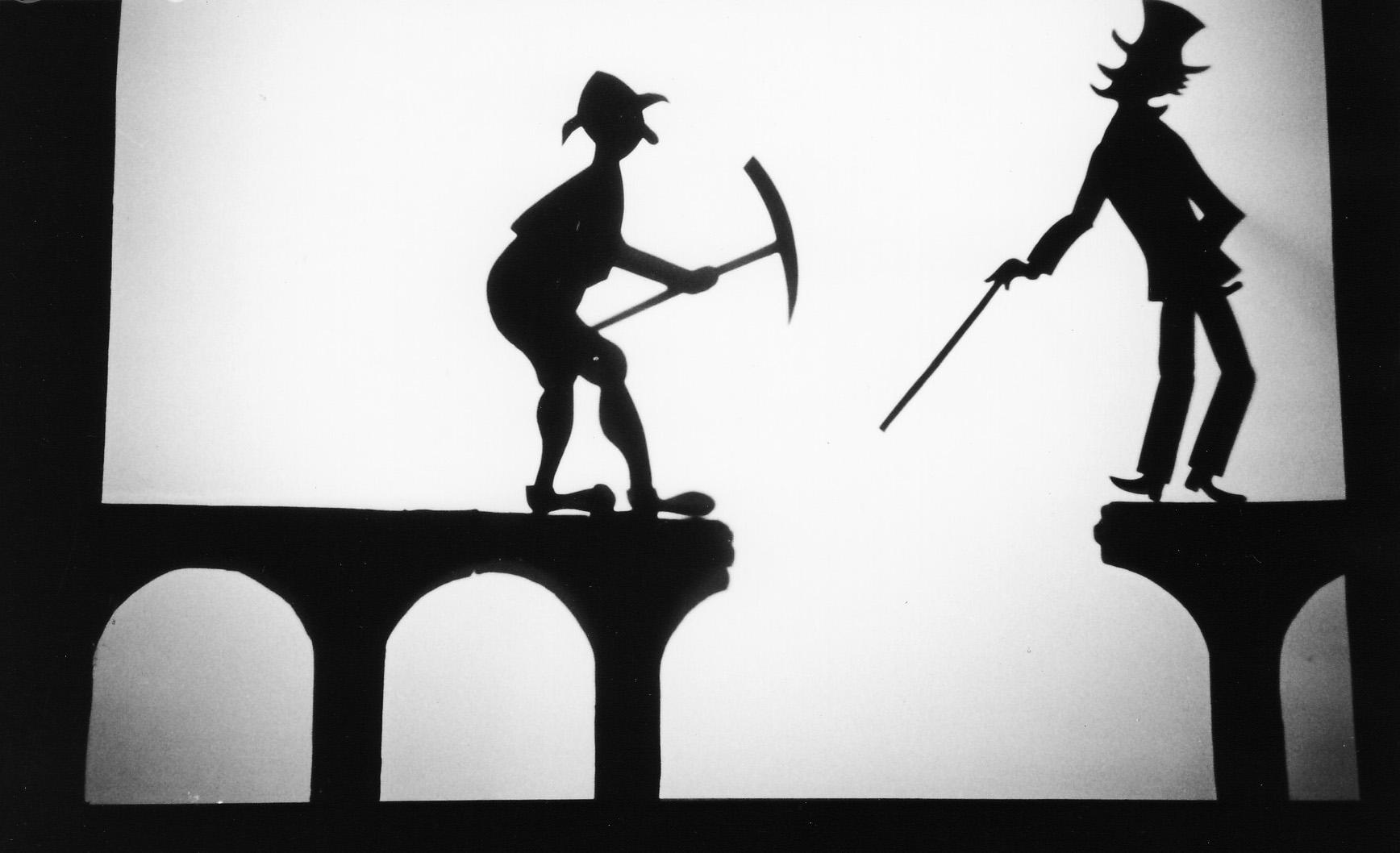 Le Pont <em>c</em>assé, le théâtre d'ombres de Ri<em>c</em>hard Bradshaw de Living Dodo Puppets (R. Bradshaw et M. Williams, Bowral, NSW, Australie). Photo: Margaret Williams