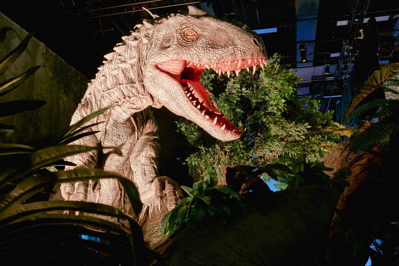 Indominus-Rex par Creature Te<em>c</em>hnology Co., dans Jurassi<em>c</em> World: The Exhibition. Photo réproduite avec l'aimable autorisation de Imagine Exhibitions