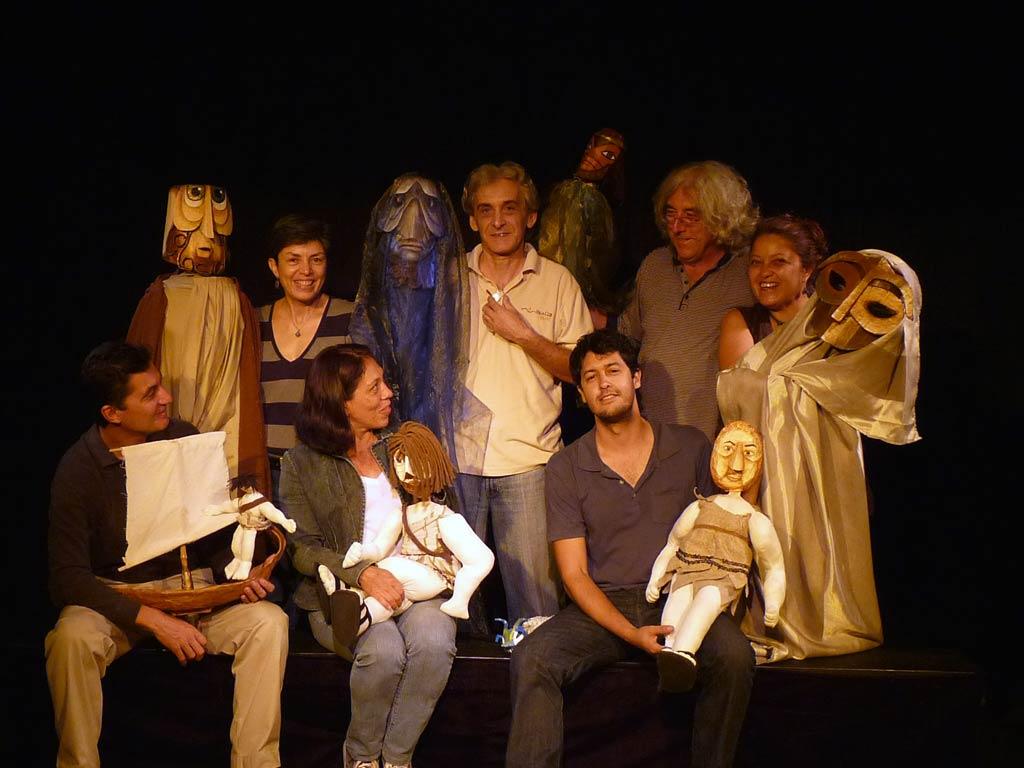 Les <em>c</em>omédiens de <em>Odisea</em> du Moderno Teatro de Muñe<em>c</em>os (MTM), San José, Costa Ri<em>c</em>a. Photo réproduite avec l'aimable autorisation de Teatro Moderno de Muñecos