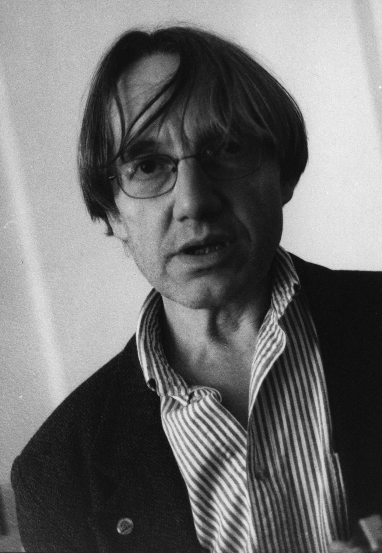 Petr Matásek (né en 1944), un s<em>c</em>énographe et dé<em>c</em>orateur t<em>c</em>hèque, également pédagogue. Photo: Josef Ptáček