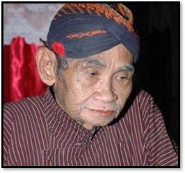 Le <em>dalang</em> javanais, <em>Ki</em> Timbul Hadiprayitno. Théâtre d'ombres, <em><em>wayang</em> kulit purwa</em> <em>Yogyakarta</em>. Photo réproduite avec l'aimable autorisation de UNIMA-Indonésie