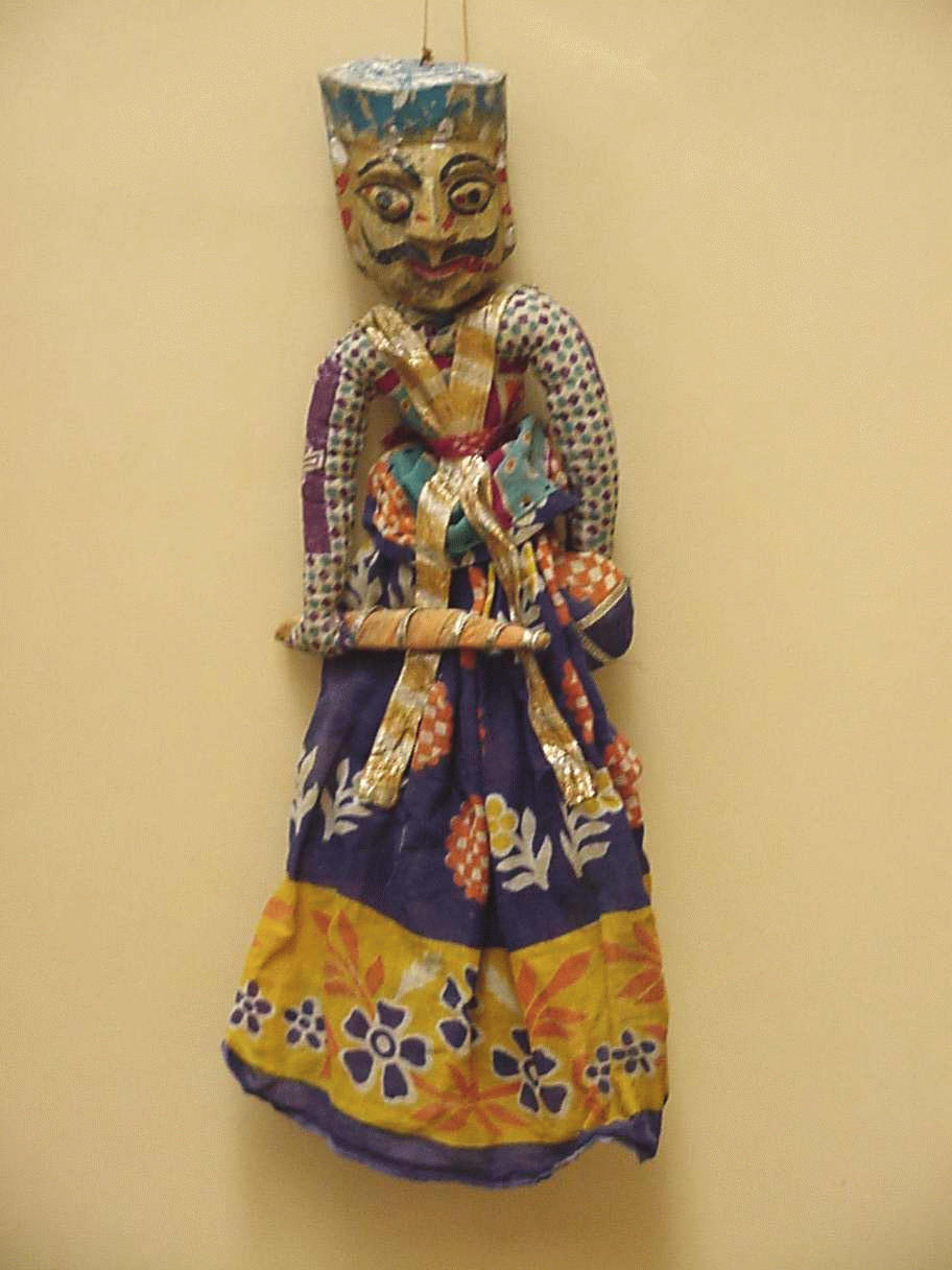 Un guerrier rajasthani, une marionnette à fils, <em>kathputli</em>, du Rajasthan, en Inde, hauteur : 47 <em>c</em>m. Colle<em>c</em>tion : Center for Puppetry Arts (Atlanta, Géorgie, États-Unis). Photo réproduite avec l'aimable autorisation de Center for Puppetry Arts