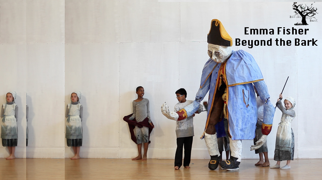 <em>A Dickens of a Life</em> par Beyond the Bark Puppet and Installation Theatre (Limerick, Irlande), mise en scène, conception et marionnettes : Emma Fisher, design d'éclairage : Kathy Graham, directeur de production : Mags O Donoghue
