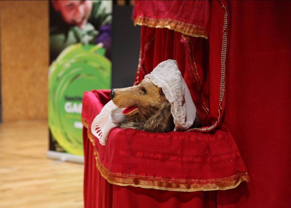 Le loup, dans Little <em>Red Riding Hood</em> par Little Gem Puppets (Irlande)