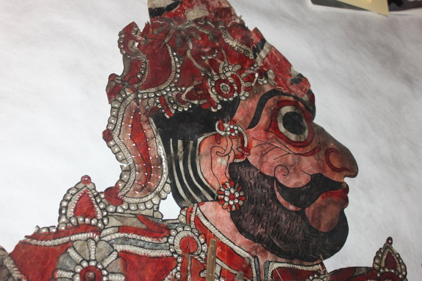 Detail, Bhima, a character in the <em>Mahabharata</em>, one of the five Pandava brothers, a tolu bommalata shadow puppet from Andhra Pradesh, India, height: 1.06 m. Collection: Center for Puppetry Arts (Georgia, Atlanta, United States). Photo courtesy of Center for Puppetry Arts